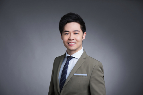Dr. Keith Leung Specialist in Oral and Maxillofacial Surgery