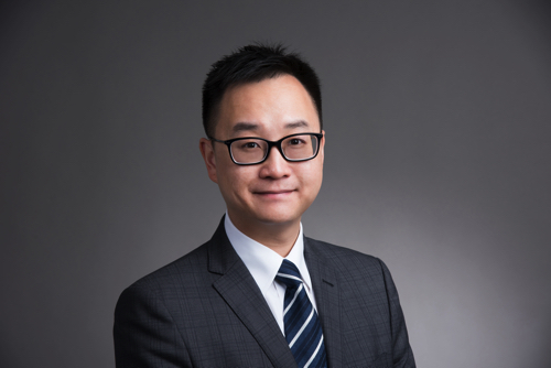 Dr. Dominic Ho Specialist in Periodontology